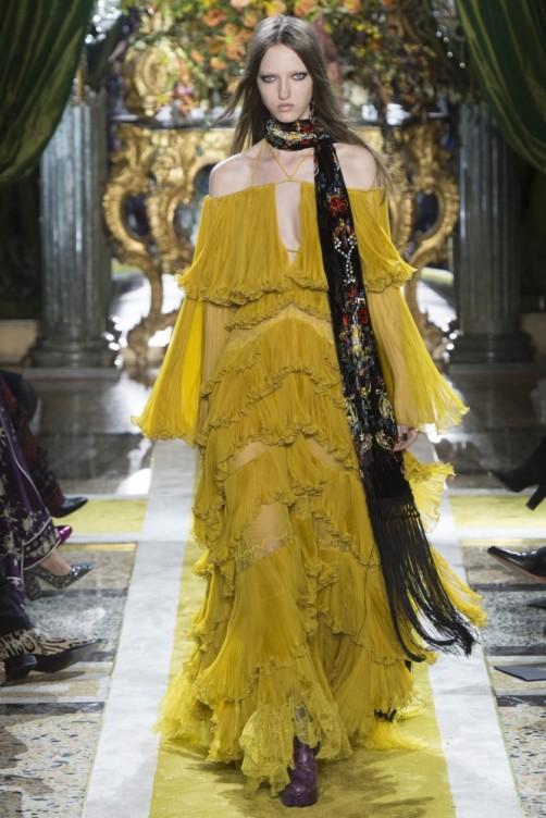 beyonce-lemonade-roberto-cavalli-mustard-chiffon-ruffled-dress-667x1000